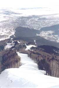 Город-курорт Белокуриха расположен в долине реки Большая Белокуриха, среди северных отрогов Чергинского хребта...