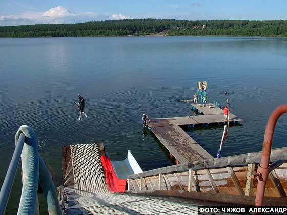 Водный  трамплин на Красном Озере