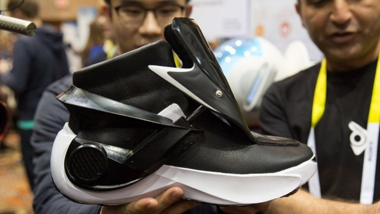 b7f06265 Необычная и «умная» спортивная обувь