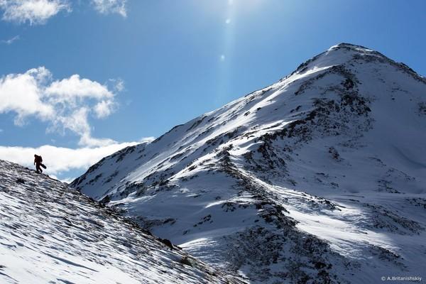 За снегом приходилось немного пройтись