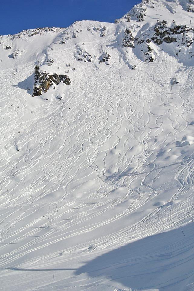Снится что спускаюсь с горы