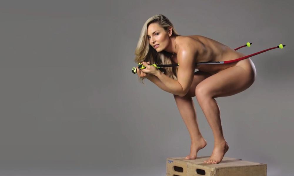 Nude women s curling calendar