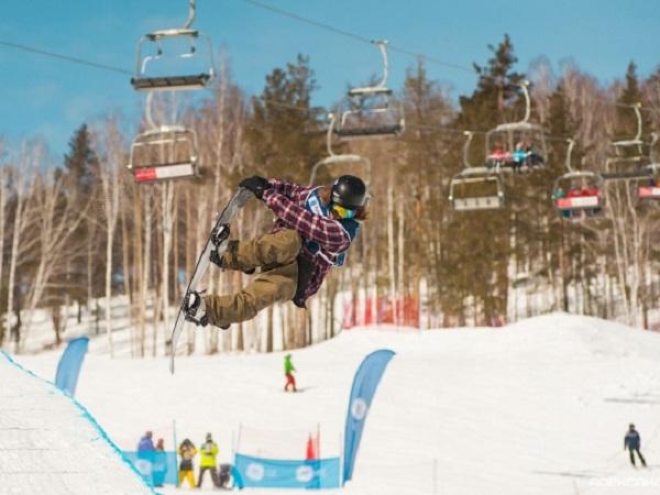 В «Солнечной долине» под Миассом судьи учились по-новому оценивать сноуборд