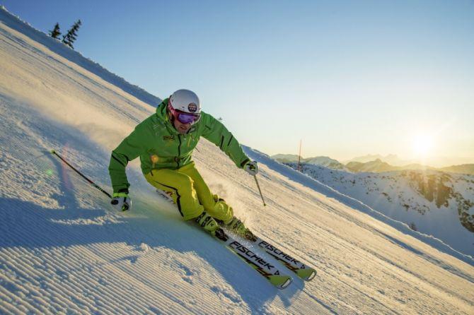 Карвинговые лыжи