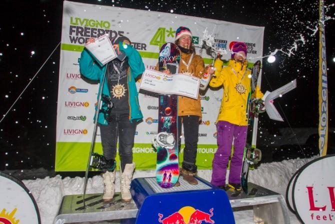 FWQ_Snowboard_Women_2.jpeg
