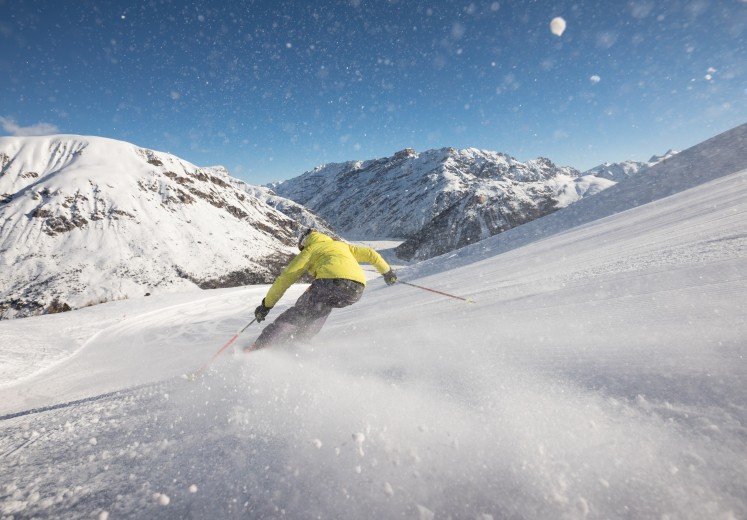 Skiing_Copy%20Samuel%20Confortola%20(8)(